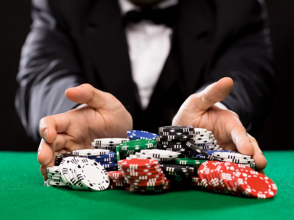 Sports Betting – Different Ways To Bet criminals swimming openly